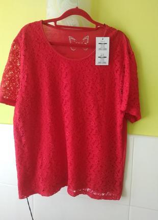Красная кружевная футболка от tigi