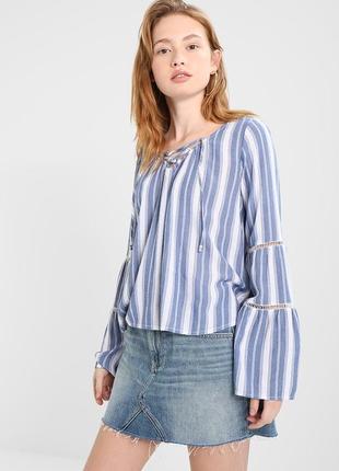 Шикарная блуза рукав клёш hollister