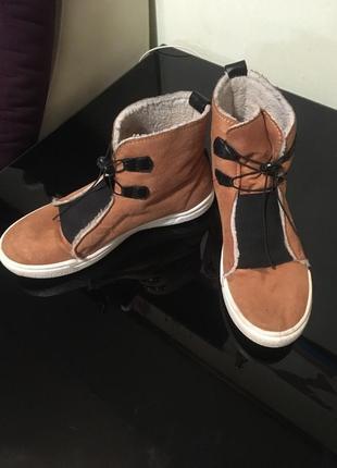Демеснзонные ботинки ( тёплая  зима) полномерный 40-40,5