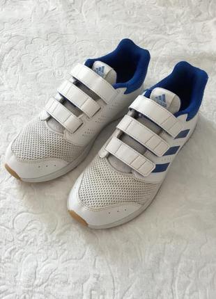 Літні кросівки на липучках