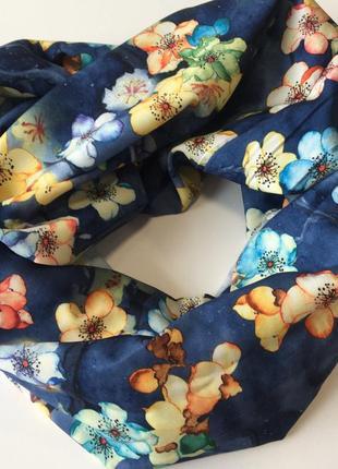 Хомут весенний шарф снуд в цветочный принт