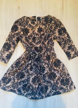 Стильное платье из джинсы с велюровым узором