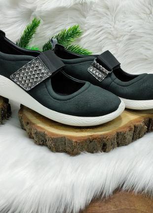 Классные туфли туфельки clarks artisan ( 40 размер )