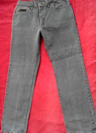 Мужские  джинсы от lee . джинс плотный . размер указан w 33 l 30 ,