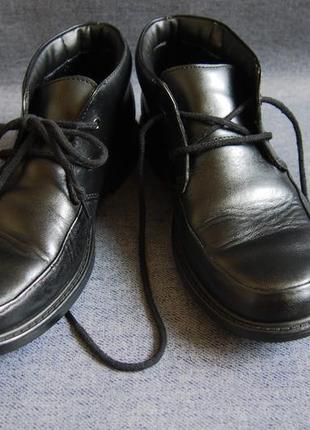 Крутейшие туфли clarks в мужском стиле2 фото