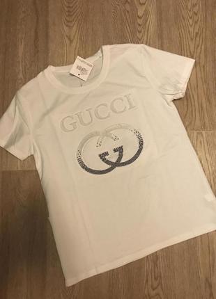 Классная футболка gucci