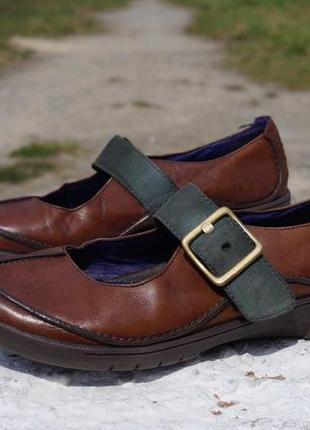 Жіночі мокасіни, туфлі clarks structured