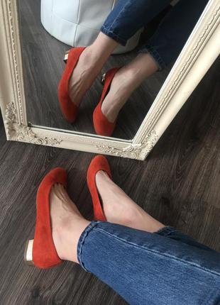 Яркие туфельки замш кожа