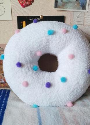 Декоративная подушка- пончик