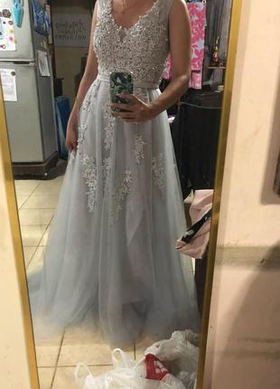Шикарное вечернее платье , для фотоссесии