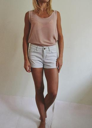 Мятные джинсовые шорты1 фото