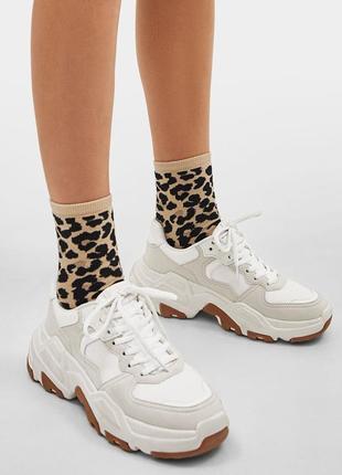 Новые качественные кроссовки / тренд сезона