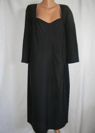 Элегантное стрейчевое платье очень большого размера annascholz