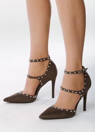 Новые серые туфли лодочки