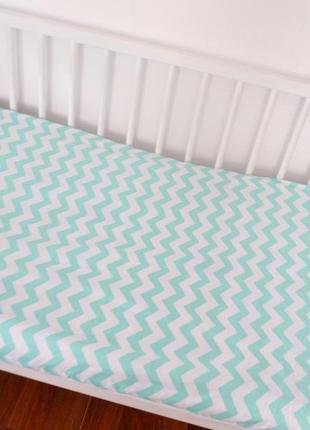 Простынь в детскую кроватку