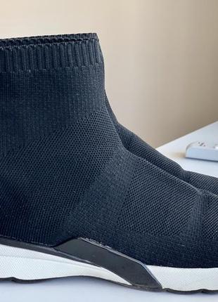 Мягкие кроссовки носки zara