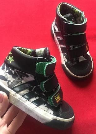 Adidas хайтопы высокие кроссовки на липучках
