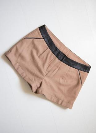 Стильные шорты naf naf