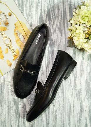 Graceland. красивые туфли лоферы на низком ходу