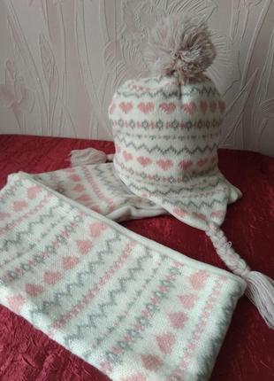 Шапочка с шарфом для девочки