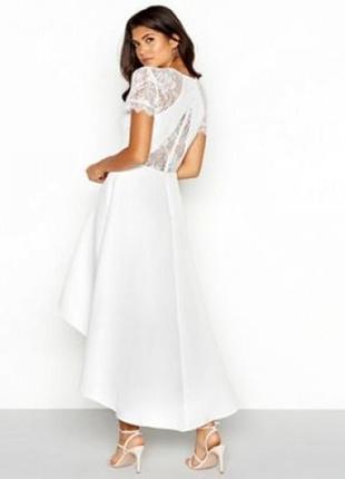 Роскошное платье миди chi chi