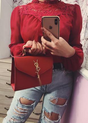 Блузка красная с кружевным верхом шифоновая