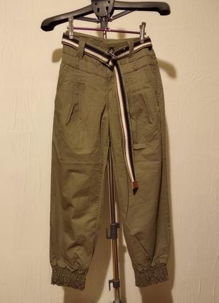 Женские брюки бананы на резинках clockhouse