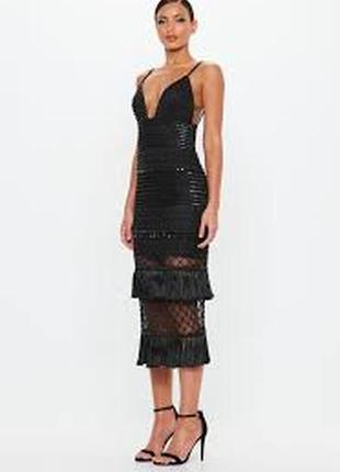 Роскошное платье миди в бисер с кисточками