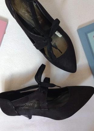 """Чёрные туфли-лодочки со шнуровкой """"new look"""""""