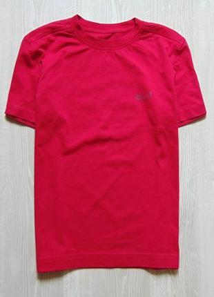 Яркая футболка для парня. jack wolfskin. размер 12 лет