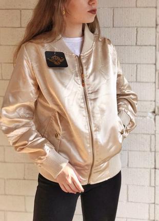 Бомбер , куртка , курточка ,сатиновый, новый, легкий , с-м