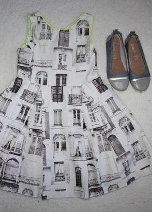 Крутое платье фирмы next на 7 лет. 122 см.