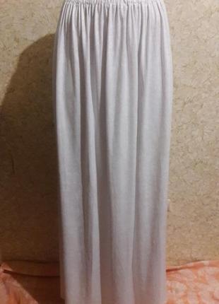 Нарядная белоснежная юбка