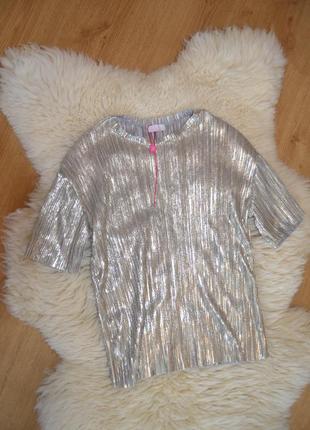 Красивая блузка с напылением