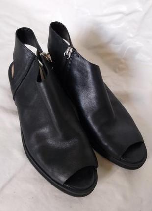 Туфли кожаные clarks размер 40