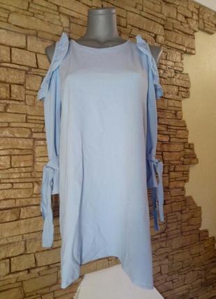 Трендовая блуза,рюши,открытые плечи,уценка всвязи с ньюансом