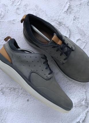 Оригинальные кроссовки clarks