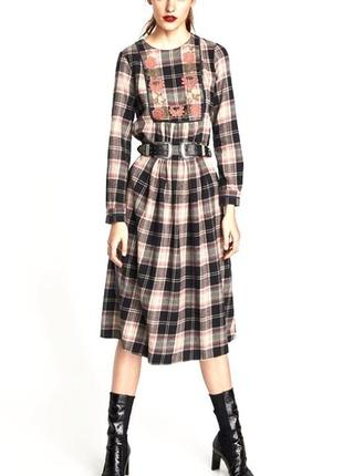Zara платье миди в клетку с вышивкой