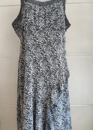 Стильное платье-сарафан миди marks&spencer с принтом полевых цветов