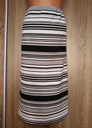 Красивая юбка в полоску