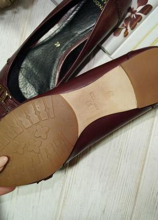 Aigner. кожа. комфортные базовые туфли на низком ходу3 фото