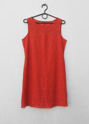 Летнее кружевное нарядное платье без рукавов
