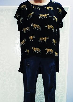 Крутая футболка с тиграми анималистичний принт базовая