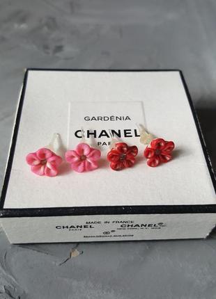 Детские серьги с цветами разноцветные цветы розовые пластиковые