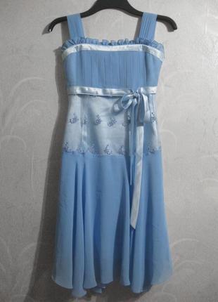 Красивое платье нарядное выпускное голубое синее