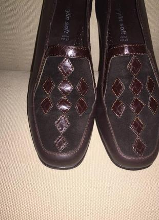 Легкие летние туфли на низком каблуке из натуральной кожи10 фото