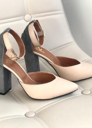Кожа. роскошные туфли на устойчивом каблуке