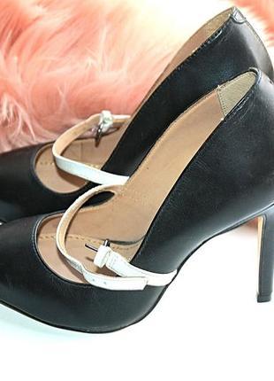 Нереальные новые сток кожаные туфли на шпильке kurt geiger 36р (к046)