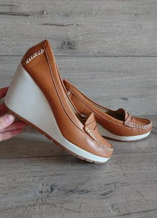 Туфли лоферы на танкетке geox respira 39 р 25.5 см кожа