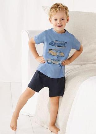 Комплект, шорты и футболка,110-116, германия